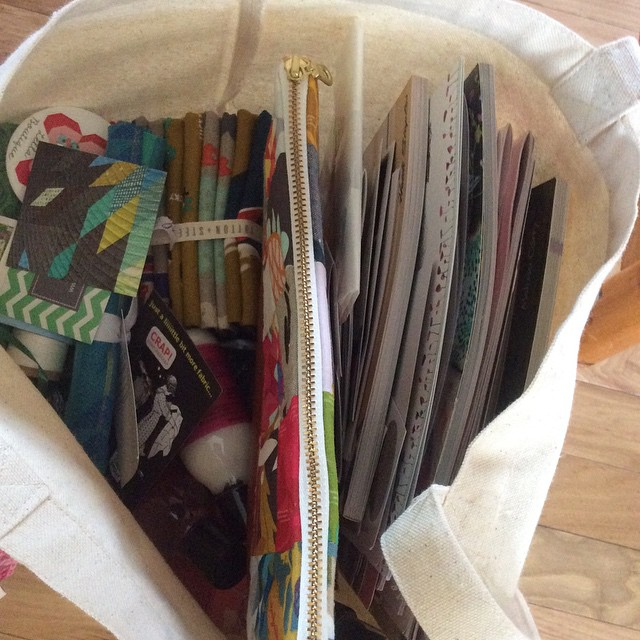 And home again with a bag of goodies #quiltmarket #lovemyfamily…